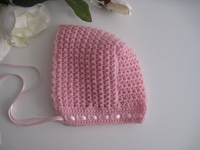 Cuffietta neonata cuffia cappellino lana rosa fatto a mano idea regalo corredino nascita cerimonia battesimo uncinetto handmade crochet