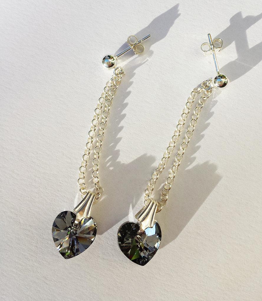 Orecchini pendenti in Argento con Cristalli swarovski color grigio chiaro a cuore
