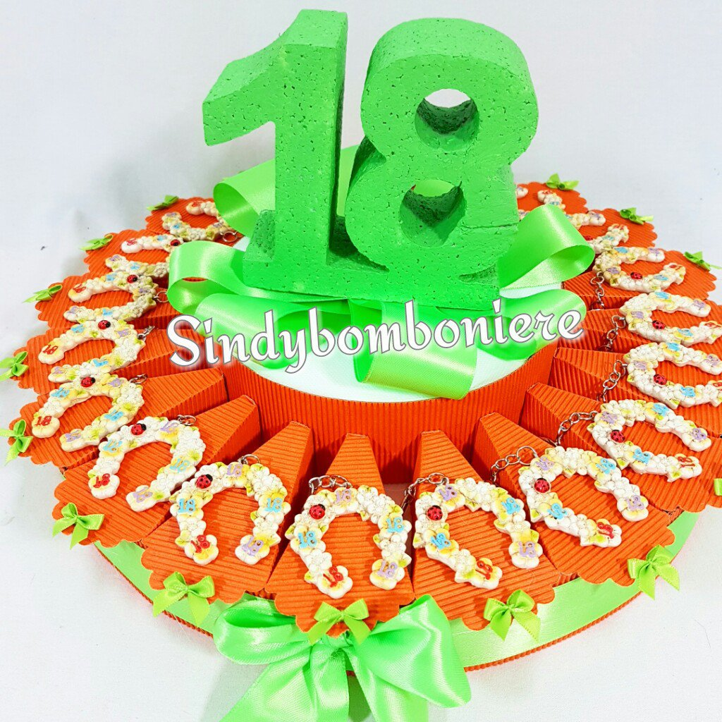 Torta Bomboniera 18 Anni Diciottesimo Compleanno Staffa Di Cavallo