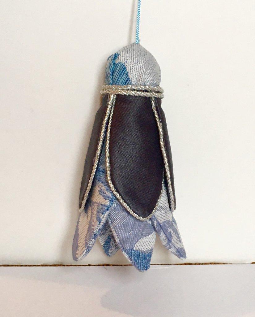 Nappa per mobili antichi blu e azzurro/argento.