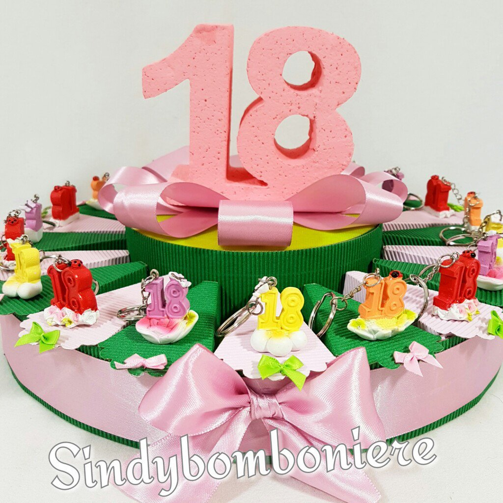 Super Torta bomboniera per 18 anni portachiavi fiore diciottesimo  IE69