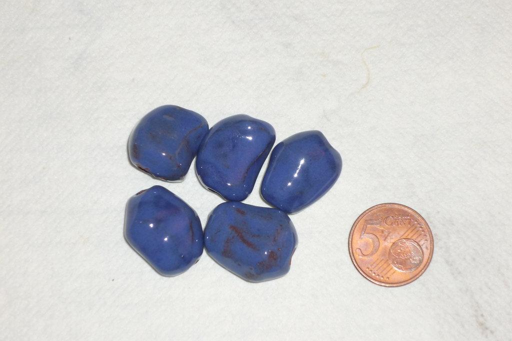 Set 5 perle in ceramica blu