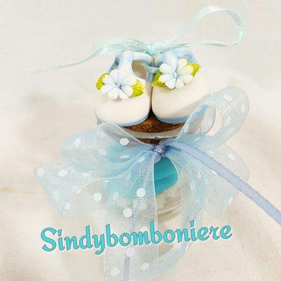 Bomboniere nascita battesimo bimbo scarpette su vasetto portaspezie confetti celesti