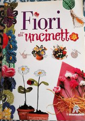 manuale fiori all'uncinetto