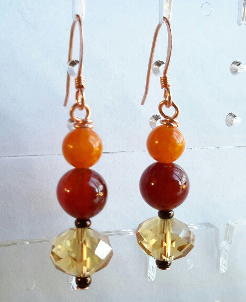 Orecchini arancio in agata e giada