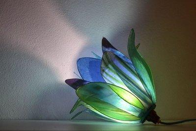 lampada bocciolo blu