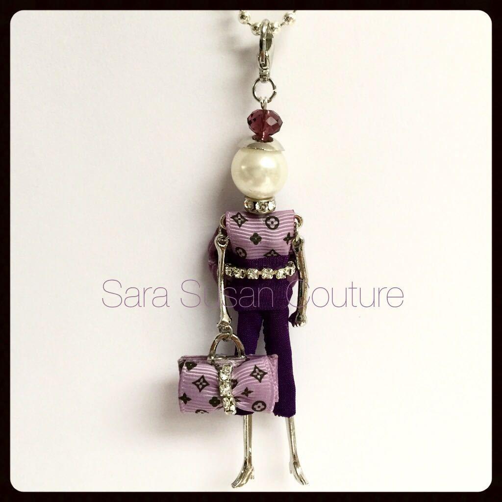 Collana bambolina – My Little Doll by Sara Susan Couture – Modello L.V. Style – Sara