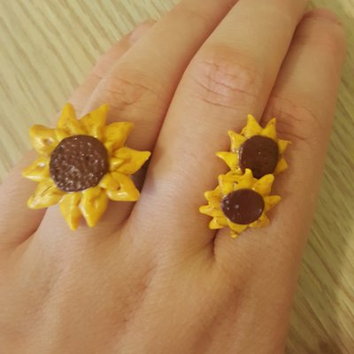Completo anello e orecchini girasole