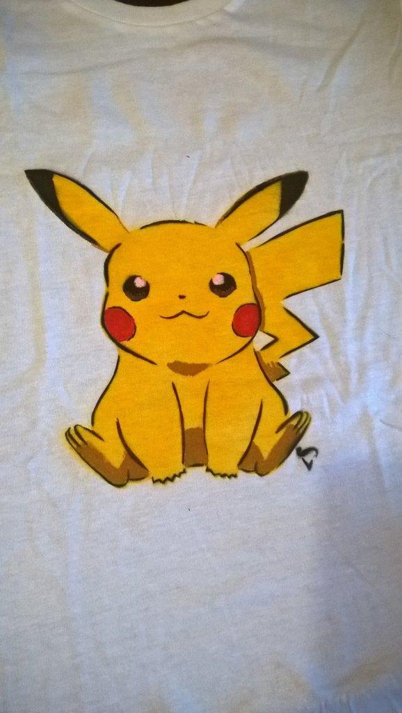 Mag01 - Maglietta Pikachu