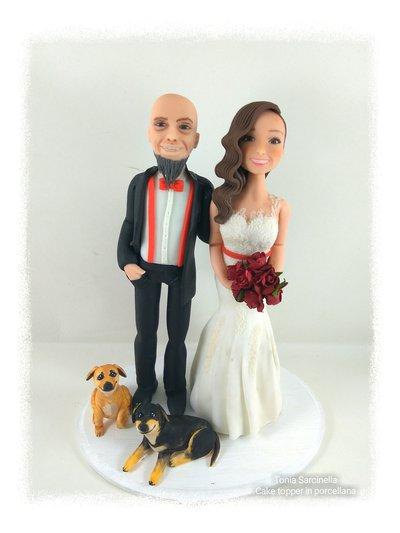 Cake topper sposi con 2 cani