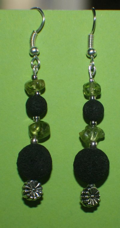 orecchini olivina e lava