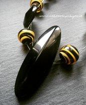 Girocollo/Collarino con bottoni neri d'epoca e vintage con perle tigrate in vero vetro di Murano