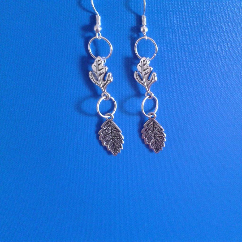 Orecchini in metallo con 2 foglie Creazione Originale