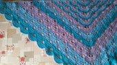 Scialle in lana acrilica all'uncinetto turchese e lilla