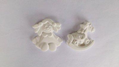 bimba  e cavalluccio in gesso ceramico