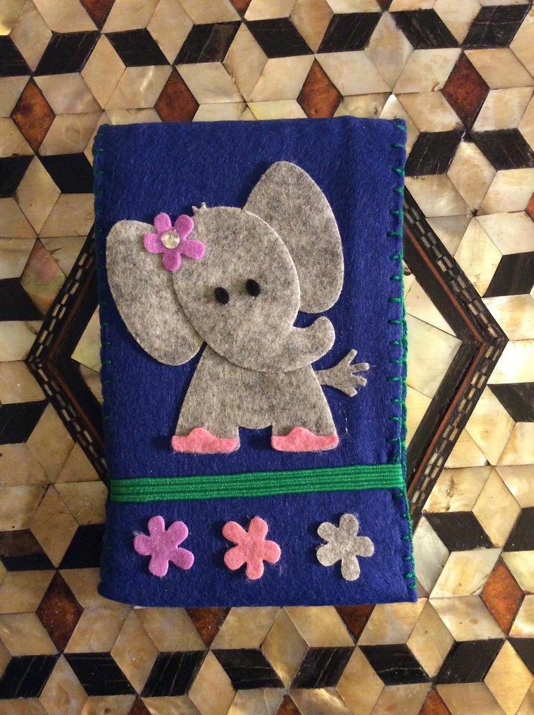 Bloc-notes elefantina in pannolenci