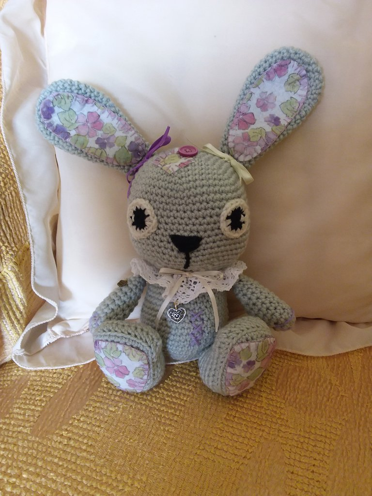 Coniglietto in lana