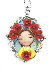 Collana cammeo bimba con papaveri bambolina doll fimo necklace idea regalo clay