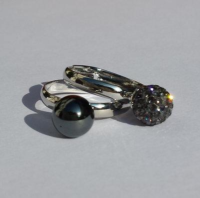 Coppia Anelli con Ematite e perla pavè di cristalli