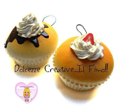 Portachiavi - Phone strap - Squishy cupcake con panna e cioccolato