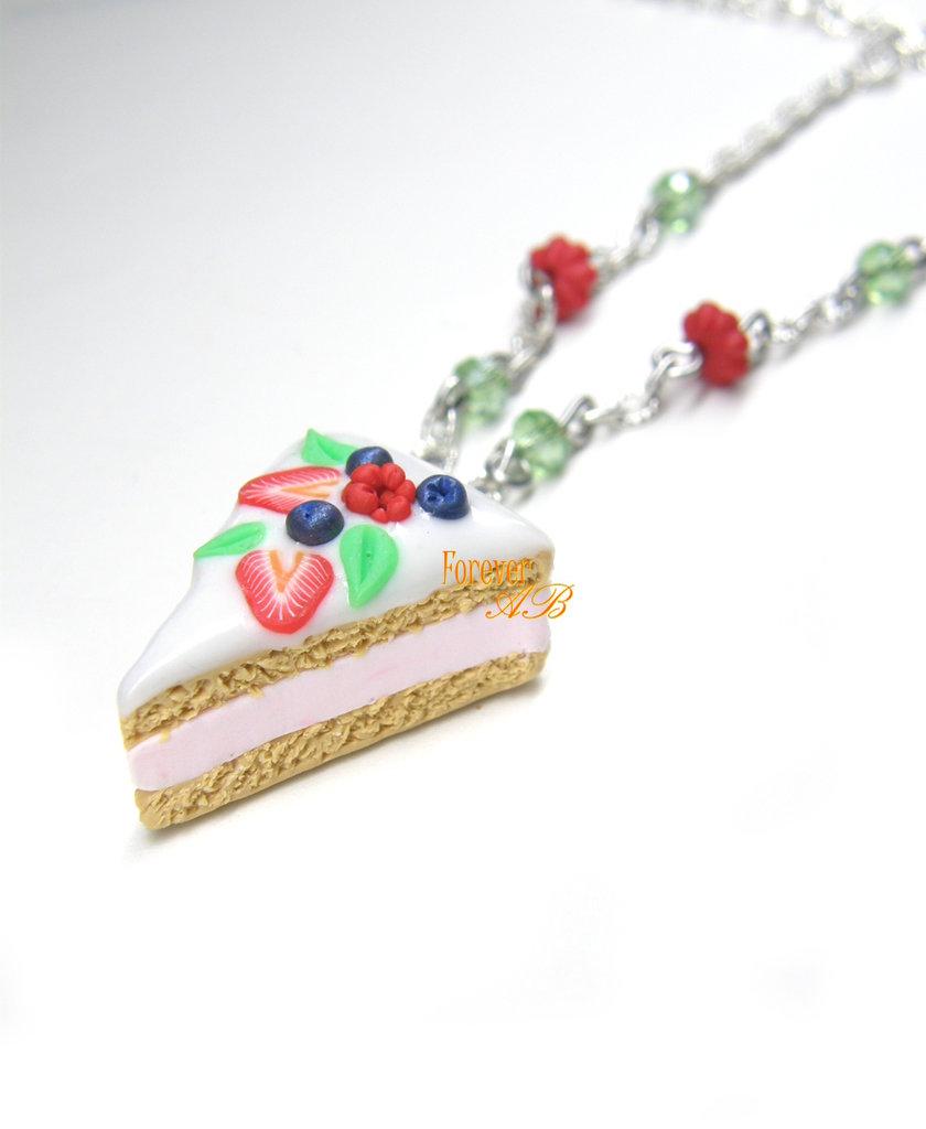 Collana fetta di torta frutti di bosco e glassa fimo idea regalo kawaii