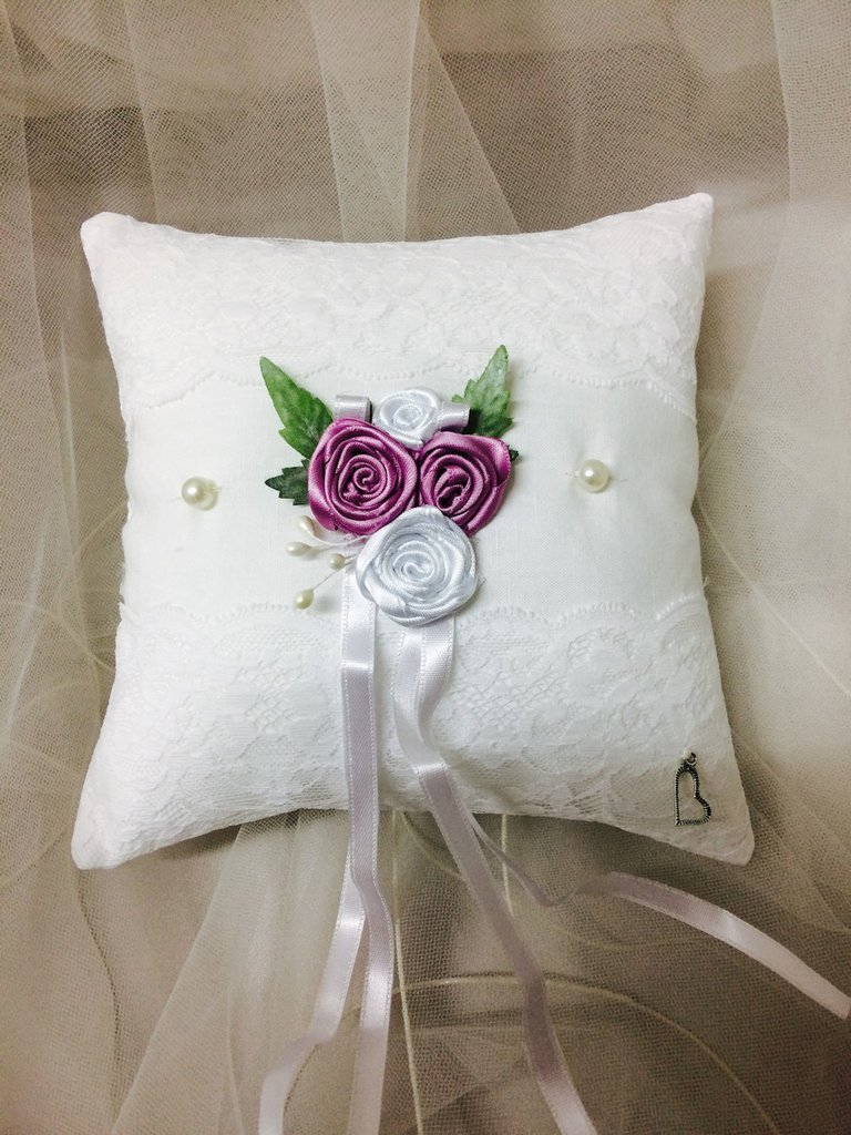 Cuscino portafedi per sposi