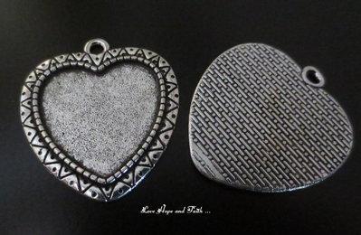 NOVITA'! Base cabochon color argento scuro (cod.50192-0)