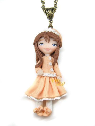 Collana bambolina con cappellino doll fimo idea regalo clay