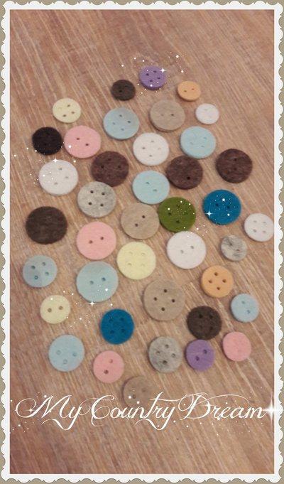 Set bottoni in feltro