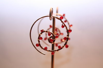 Oro rosa spirale orecchini di rame a spirale di turbinio dell'onda