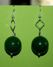 orecchini in giada verde tonda