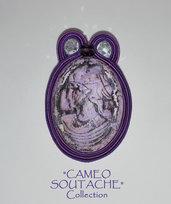 """Spilla viola con cammeo lilla-rosa - Collezione """"Cameo Soutache"""""""