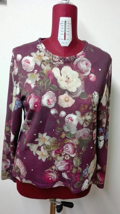 maglia jersey 100% cotone fantasia fiori con paillettes e tubetti perline TG.50 fatta a mano