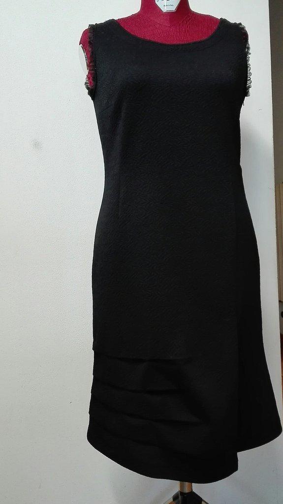 abito giromanica jersey nero broccato, modello tubino a tulipano, fatto a mano Tg. 46