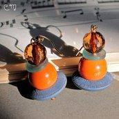 Orecchini marionetta arancione e carta da zucchero