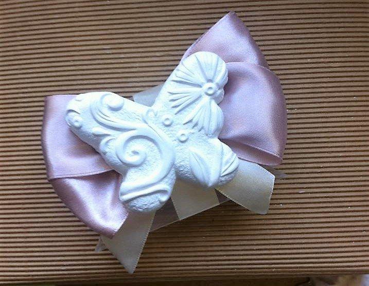 Farfalla in gesso ceramico segnaposto bomboniera