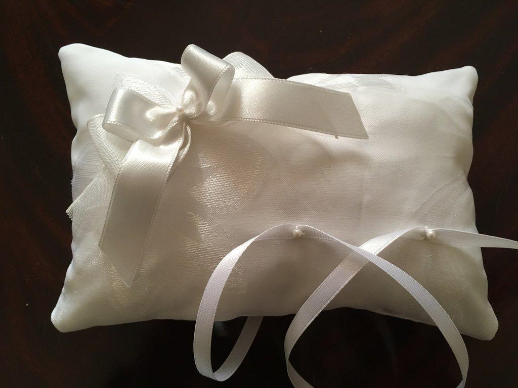 Cuscino porta fedi nozze