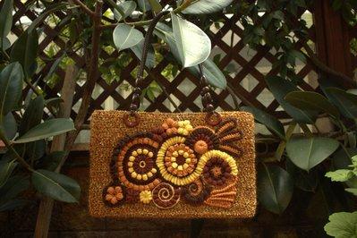 """Borsa """"Golden Age"""" in lana, fatta interamente a mano ad uncinetto, foderata"""
