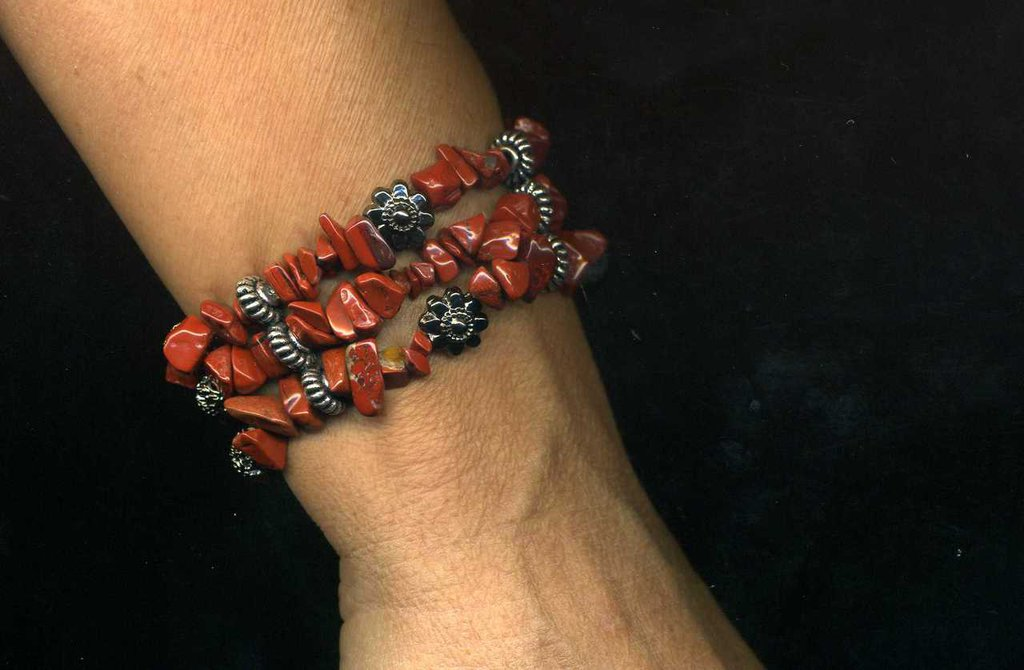 Bracciale elastico a 3 fili in diaspro rosso