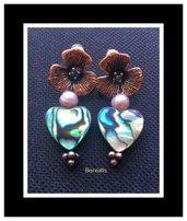 Orecchini Fiore Cuori Madreperla Abalone Perle d'Acqua
