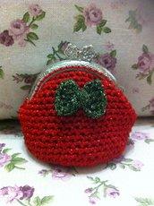 portamonete rosso lamè con fiocco verde