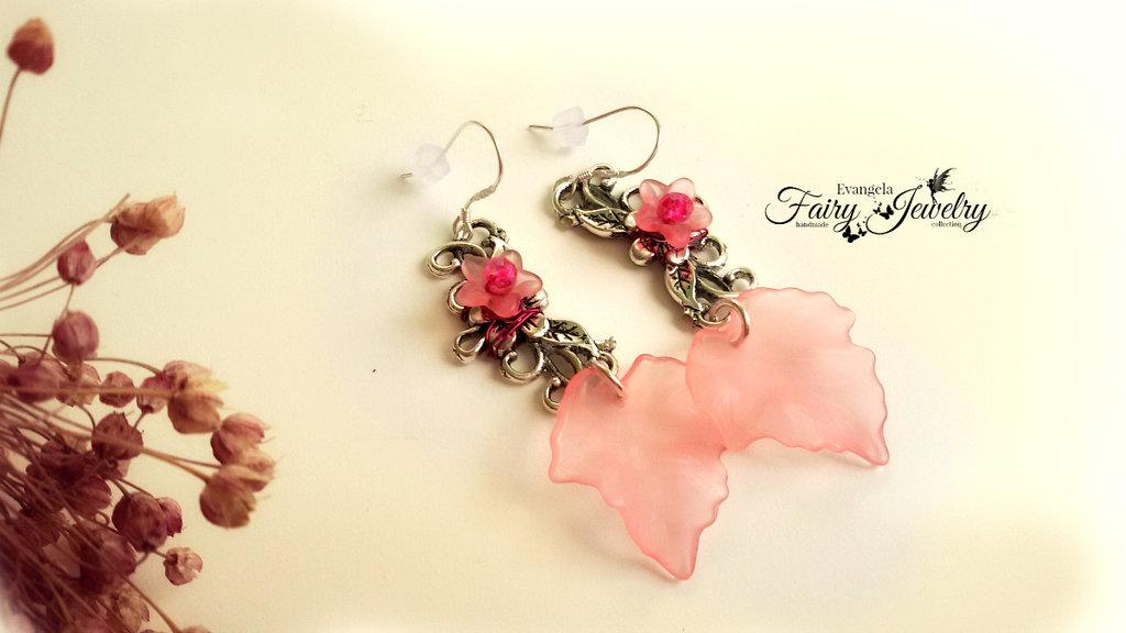 Orecchini foglie e fiori in lucite rosa
