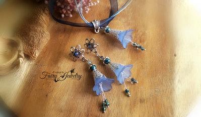 Set completo orecchini e collana parure blu azzurro fiori lucite