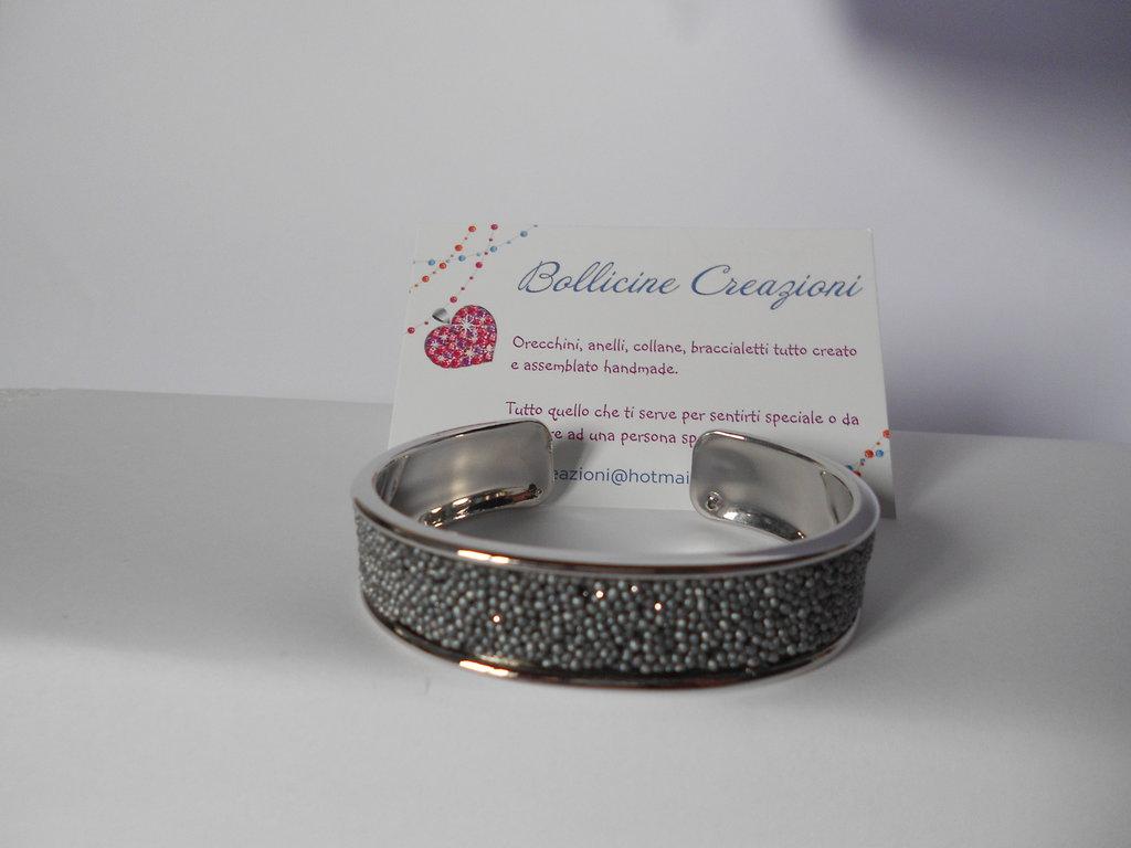 Bracciale bangle ottone con cordoncino glitter effetto caviale grigio
