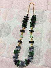 *Collana pannolenci e perle (verde)*
