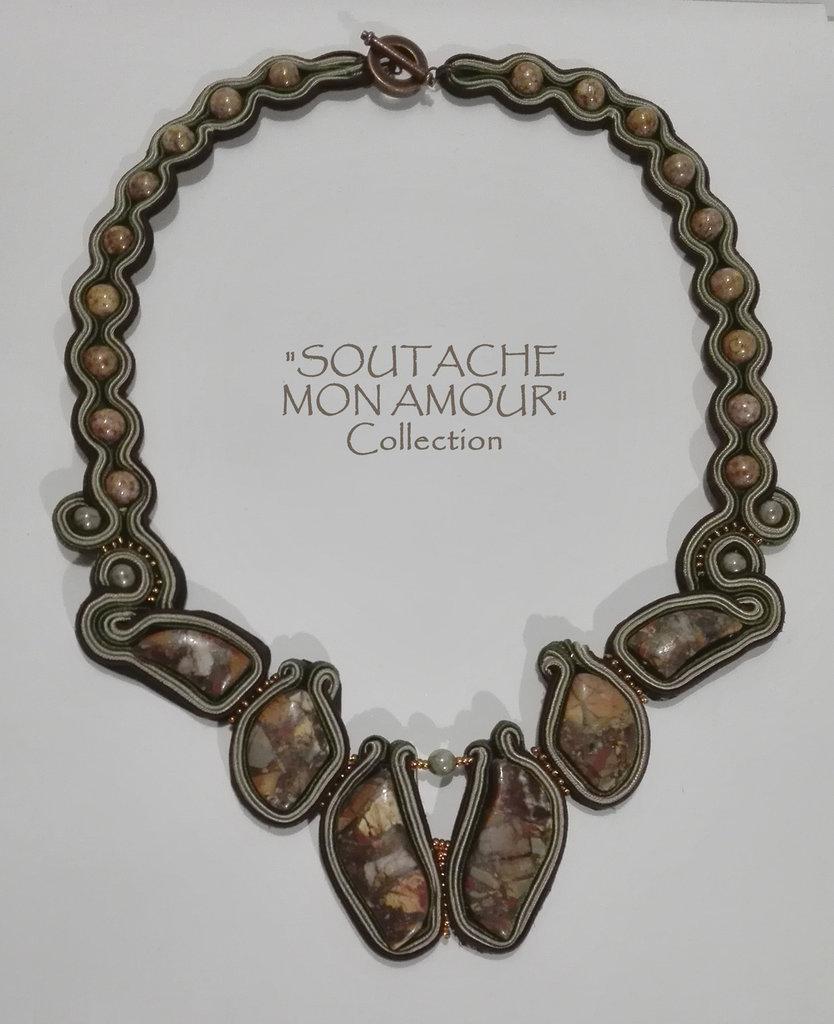 """Collana verde-marrone con pietre dure - Collezione """"Soutache Mon Amour"""""""