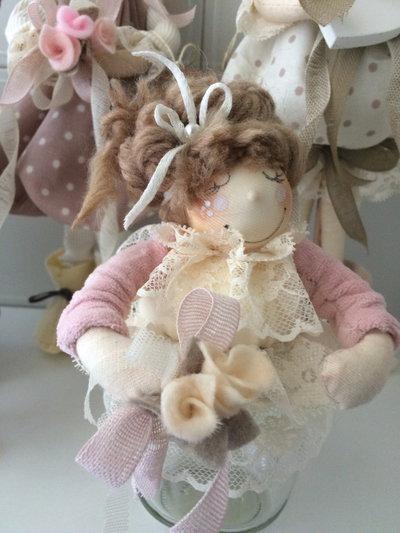 Barattolo porta tutto addobbato con bambolina