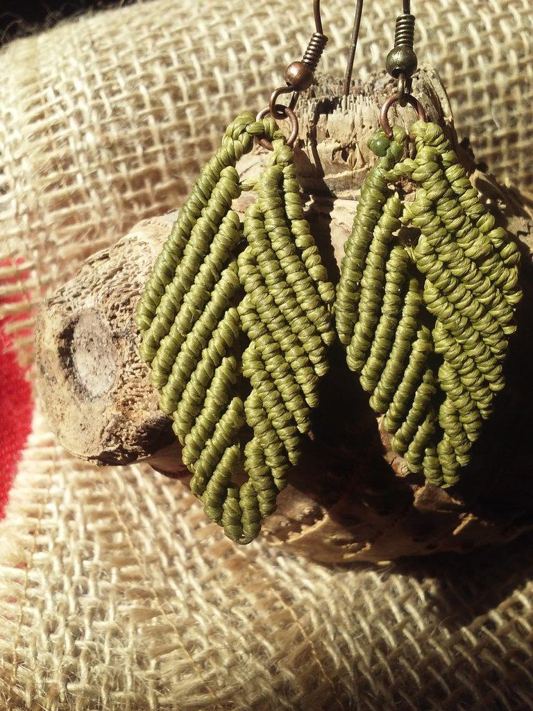 Orecchini FOGLIA verde