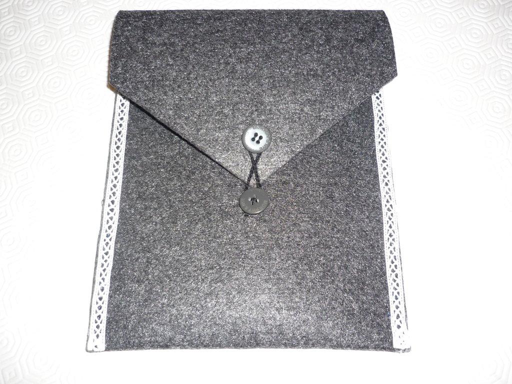 Porta documenti in feltro per conservare ogni tipo di documento