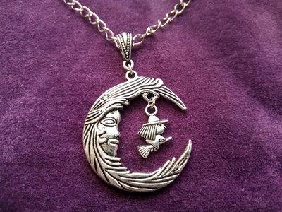 *Ciondolo di luna calante + strega con catena - Waning moon + witch necklace*